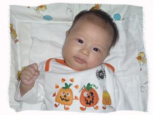 t2-halloween-baby