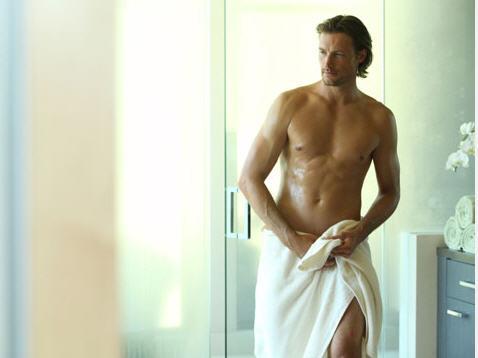 sexy women bathroom naked